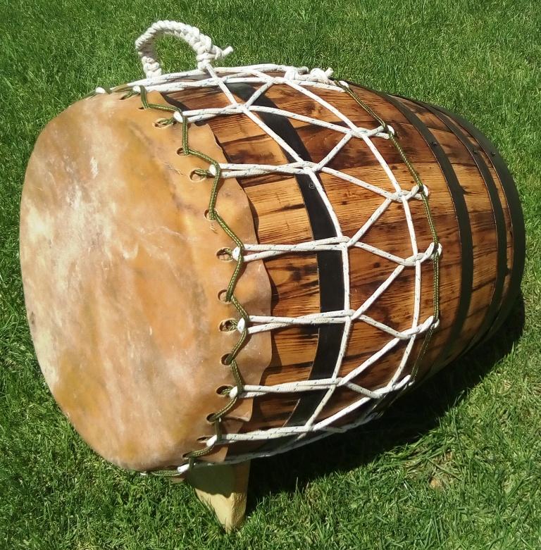 Roulèr sur tonneau chêne ancien